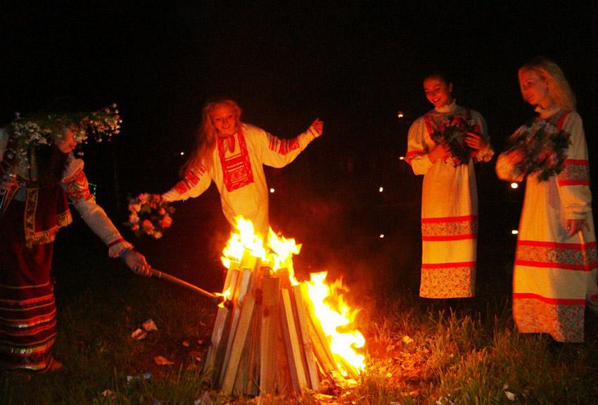 Русский народный праздник иван купала доклад 8502